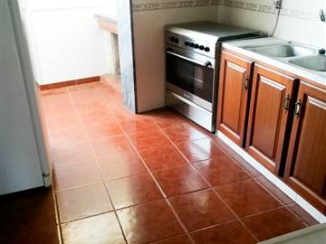 Apartamento T3 / Santarém, Presidio