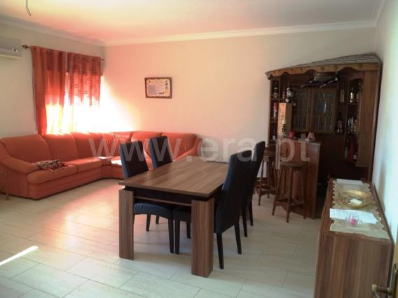 Apartamento T4 / Tomar, 1009-TOMAR
