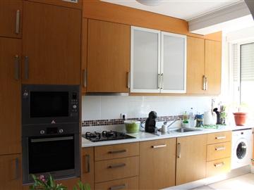 Apartamento/Piso T1 / Leiria, Leiria, Pousos, Barreira e Cortes