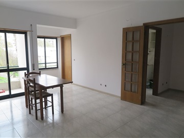 Apartment T2 / Almada, Pragal/Almada