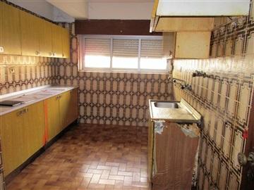 Apartment T2 / Sintra, Agualva