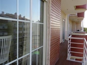 Apartment T2 / Sintra, Rio de Mouro