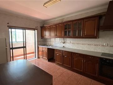 Apartment T2 / Vila Nova de Poiares, Poiares (Santo André)