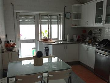 Apartment T3 / Lamego, Lamego (Almacave e Sé)