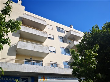 Apartment T3 / Penafiel, 1- Centro