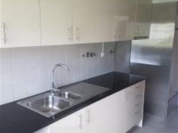 Apartment T4 / Lisboa, Santa Clara