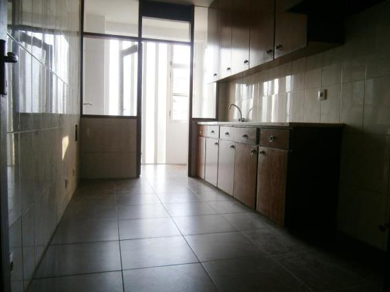 Appartement T3 / Porto, Amial