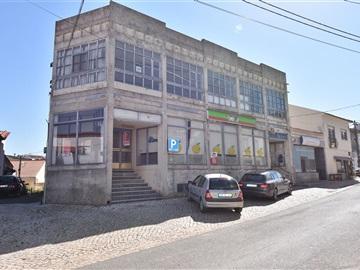 Building / Cadaval, Vilar