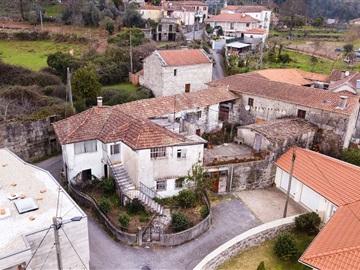 Casa T3 / Póvoa de Lanhoso, Travassos