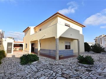 Casa T4 / Torres Vedras, Silveira