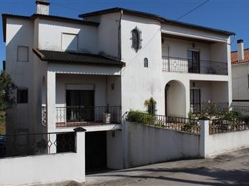 Casa T7 / Leiria, Leiria Gare