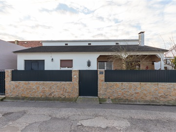 Detached house T3 / Sintra, Terrugem