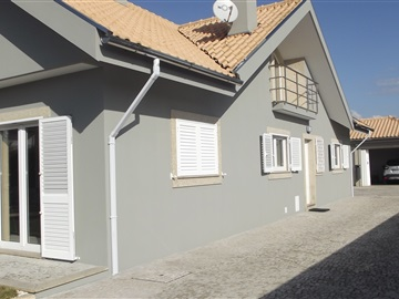 Detached house T4 / Ovar, Centro