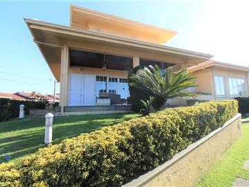 Detached house T4 / Ovar, Esmoriz I