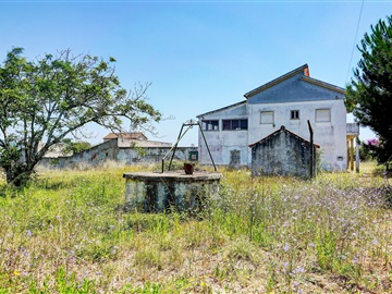 Detached house T5 / Cadaval, Figueiros