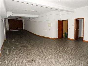 Garage / Santarém, Santarém (Marvila), Santa Iria da Ribeira de Santarém, Santarém (São Salvador) e Santarém (São Nicolau)