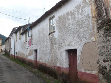 House T3 / Lousã