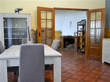 House T3 / Santarém, Achete, Azoia de Baixo e Póvoa de Santarém
