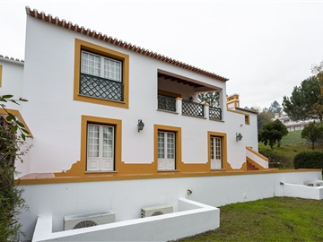 House T4 / Abrantes, Vale Manso
