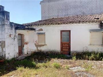 House T4 / Azambuja, Vale Paraiso