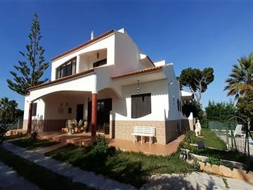 House T6 / Loulé, Quarteira