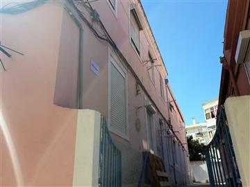 Immeuble T16 / Loures, Sacavém e Prior Velho