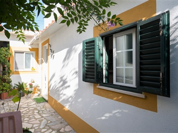 Moradia Geminada T4 / Sintra, Azóia