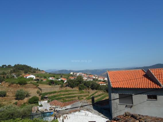 Moradia Geminada T4 / Tabuaço, Adorigo