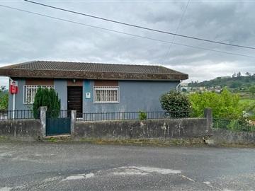 Moradia Isolada T5 / Guimarães, Selho São Lourenço e Gominhães