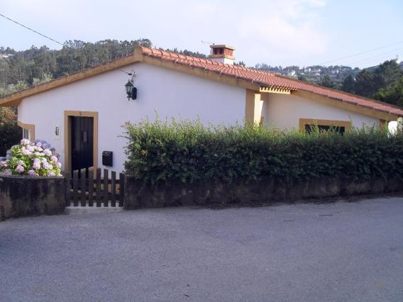 Moradia T2 / Tomar, Serra e Junceira