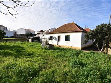 Moradia T2 / Torres Vedras, A dos Cunhados e Maceira