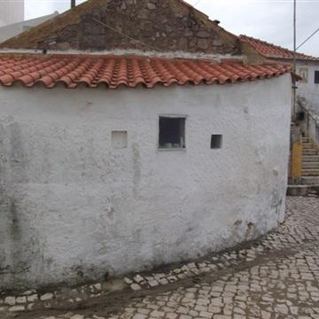 Moradia T3 / Sintra, Almoçageme