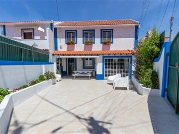 Semi-detached house T3 / Sintra, Penedo