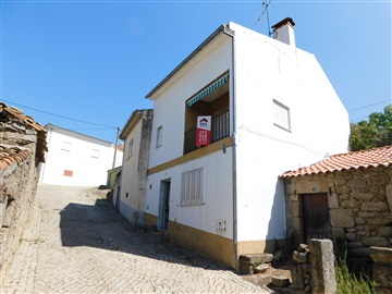 Semi-detached house T4 / Belmonte, Inguias