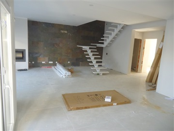 Semi-detached house T4 / Seixal, Fanqueiro