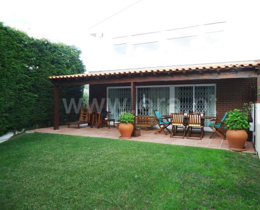 Semi-detached house T4 / Vila Nova de Gaia, A1 - Miramar