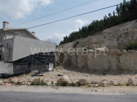 Terreno Para Construção / Paredes, Moinhos