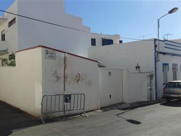 Viviendas Adosadas en barrio T3 / Loulé, Quarteira